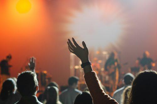 Bild och länk till artikeln Mer pengar till konserter 2017