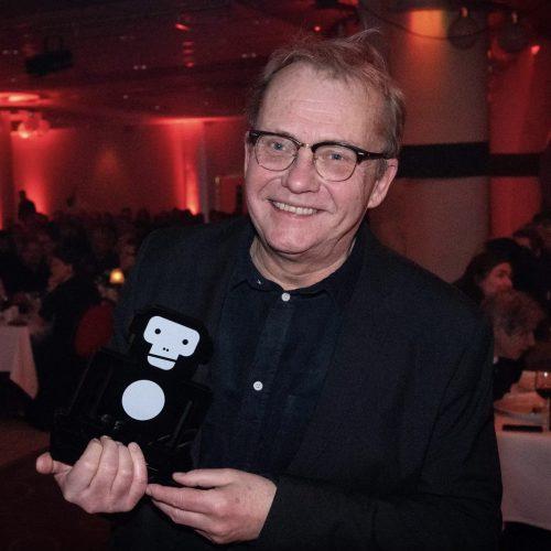 Bild och länk till artikeln Lars Sillrén finns inte med oss längre